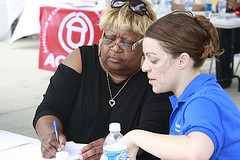Photo: A volunteer helps a Central City, La., resident plan what to do in case of an emergency or natural disaster.